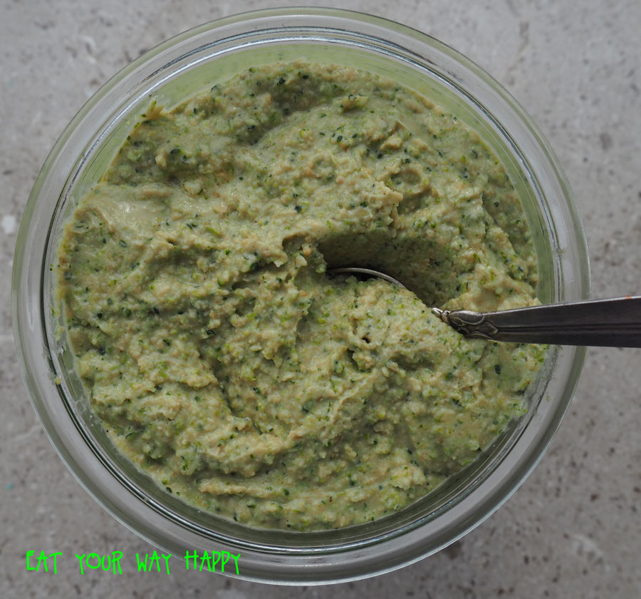 BROCCOLIHUMMUS